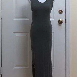Floor length gray body-con dress Size Medium.